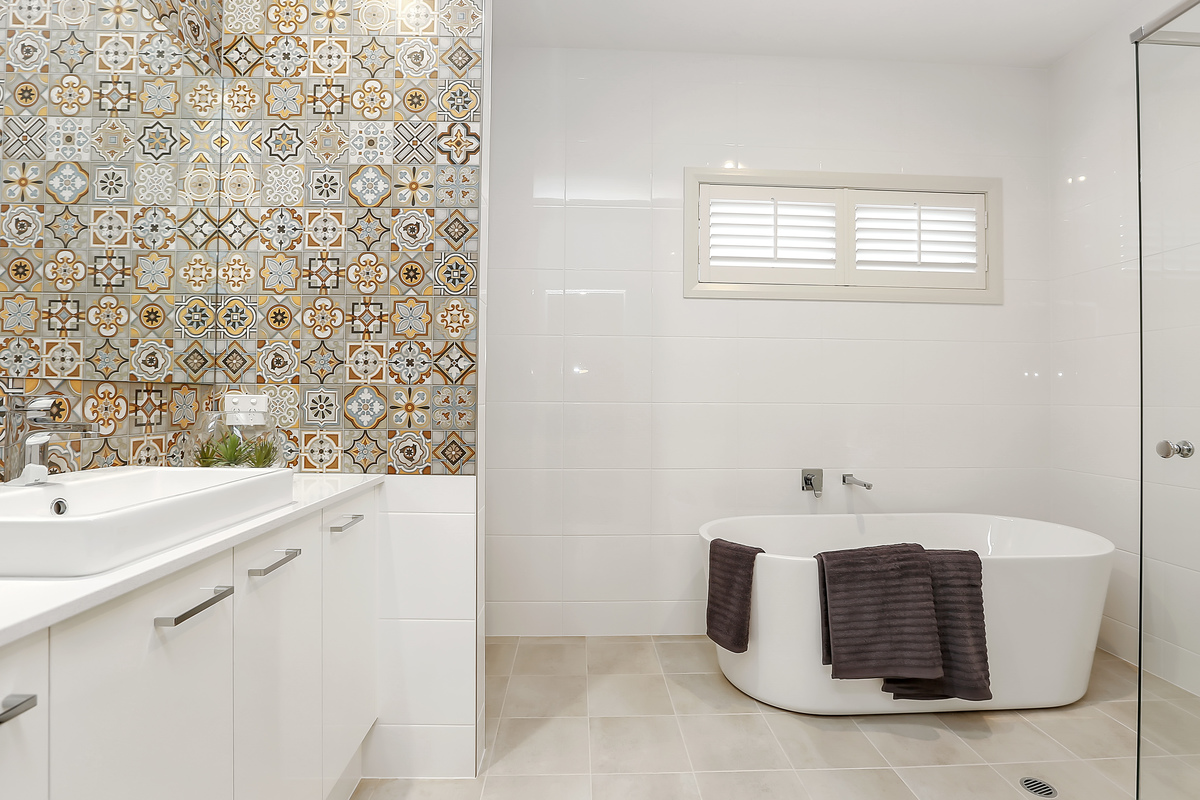 Feature bathroom tiles – Oakford Homes
